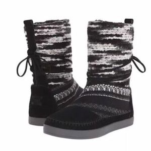 Women's Toms Nepal Black Suede Boots 7.5 US!